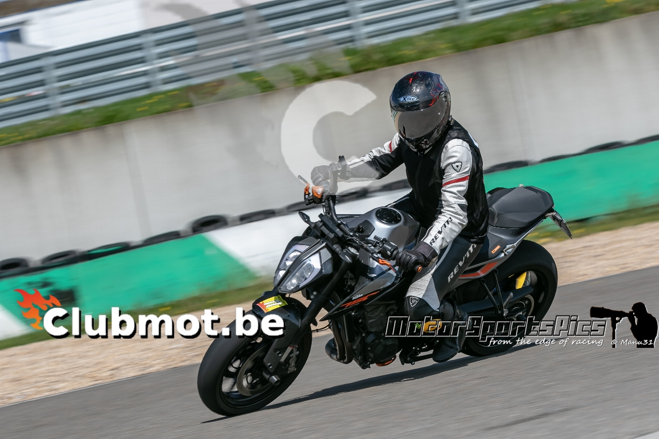 29-04-19 Clubmot at Mettet Yellow #122