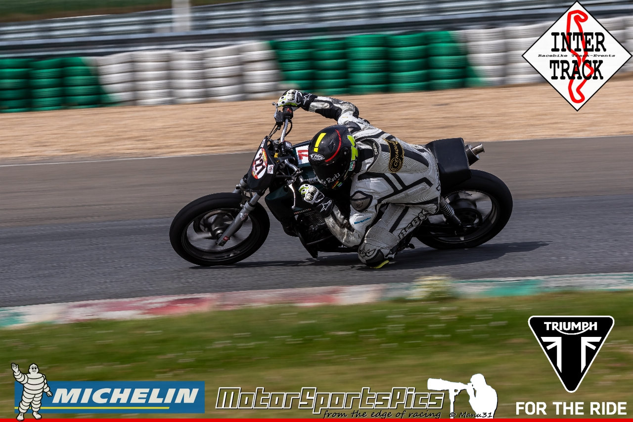 21-07-19 Inter-Track at Mettet Triump day Group 3 Yellow #105