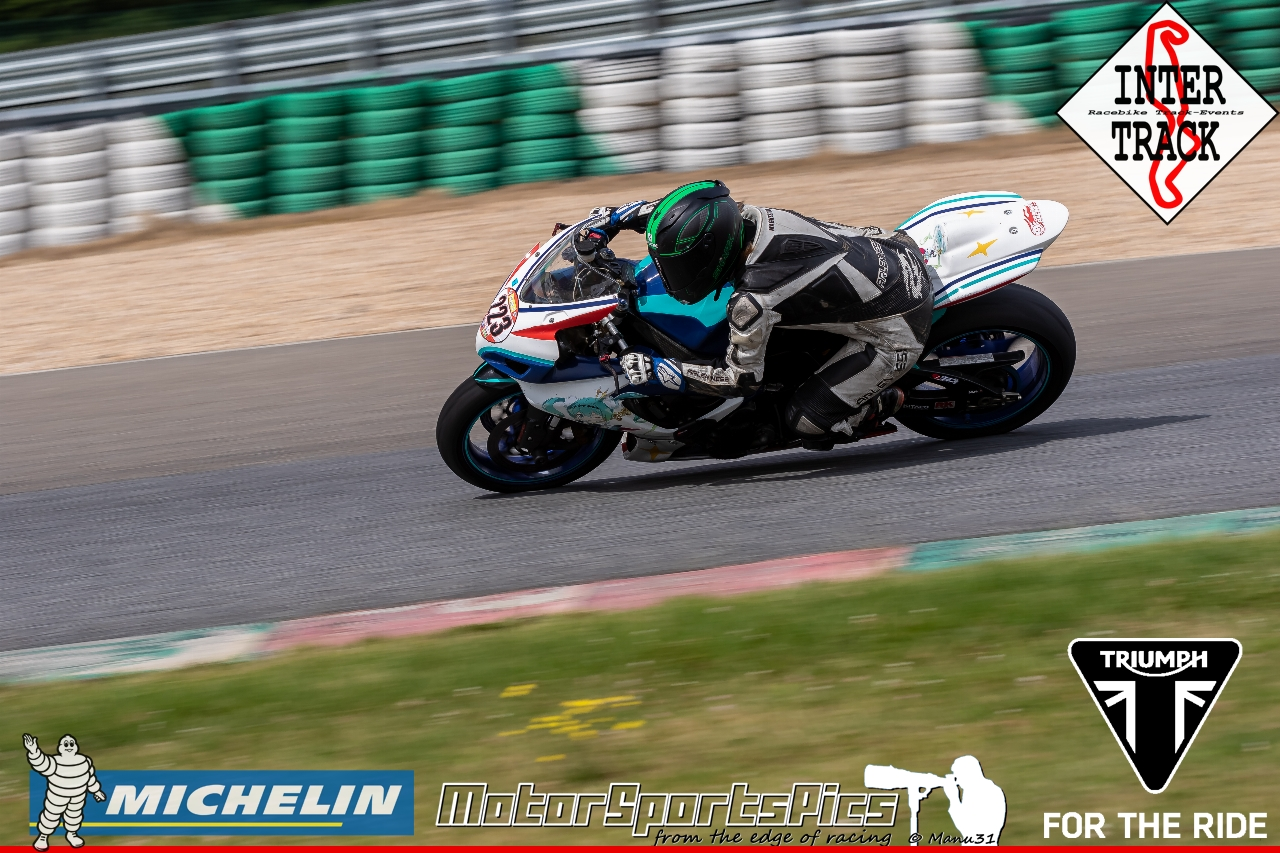 21-07-19 Inter-Track at Mettet Triump day Group 3 Yellow #111