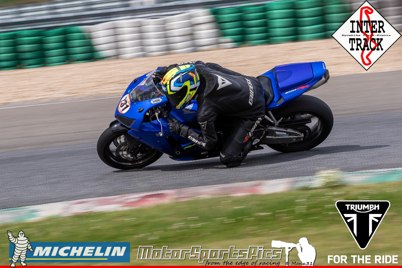 21-07-19 Inter-Track at Mettet Triump day Group 3 Yellow #122