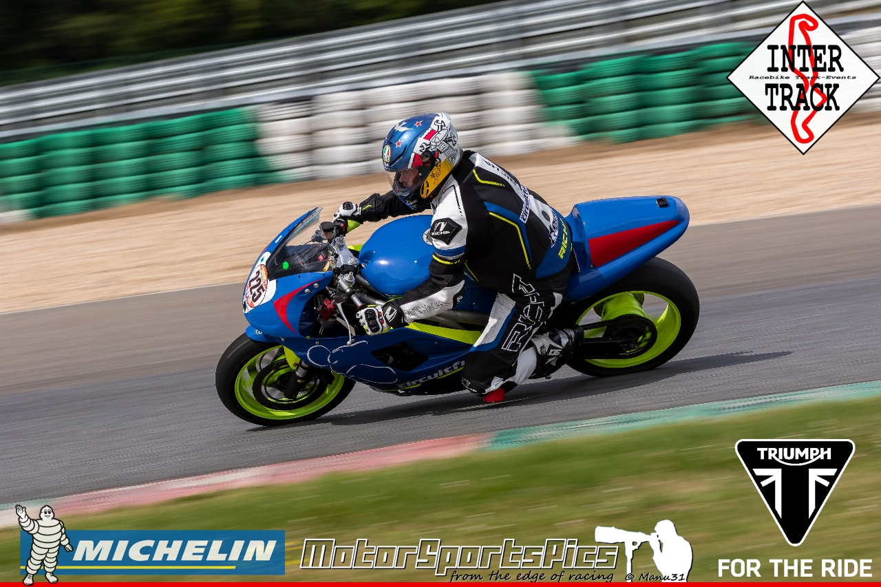 21-07-19 Inter-Track at Mettet Triump day Group 3 Yellow #124