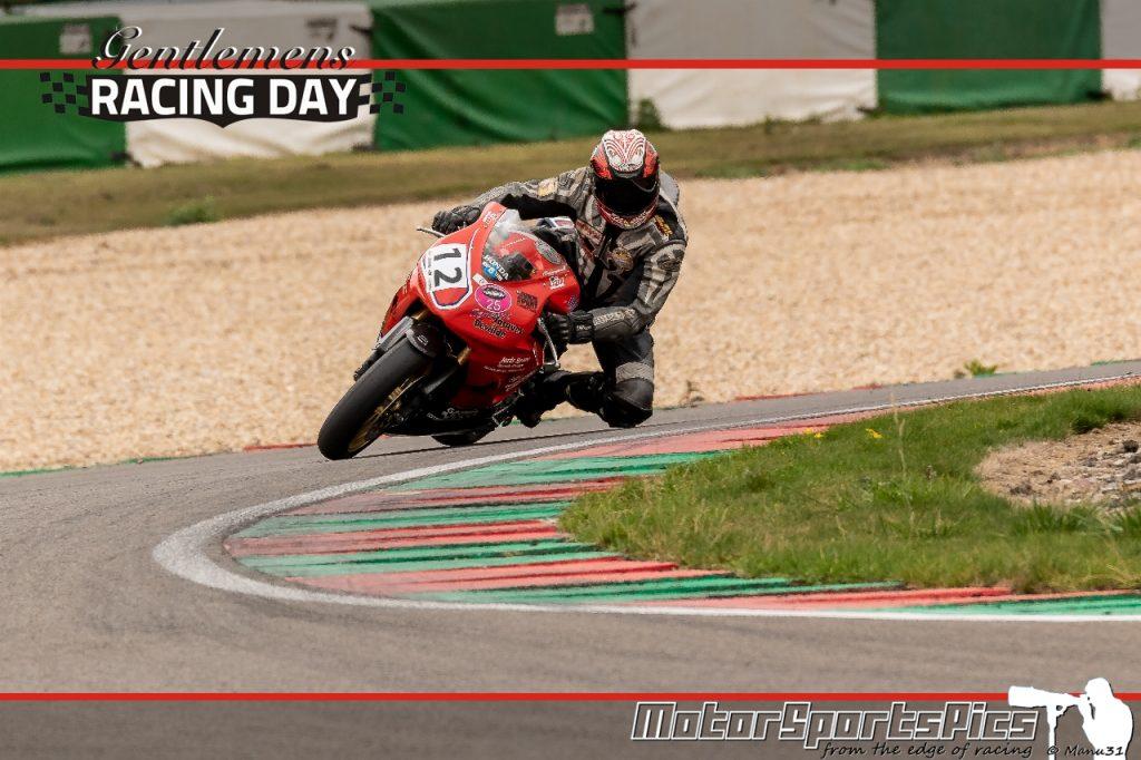 04-09-2020 Gentlemen's Racing day at Mettet group Moto #1