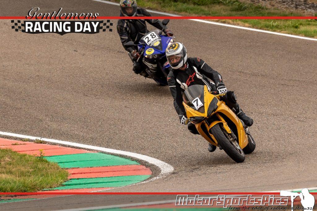 04-09-2020 Gentlemen's Racing day at Mettet group Moto #106