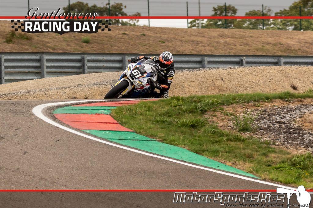 04-09-2020 Gentlemen's Racing day at Mettet group Moto #111