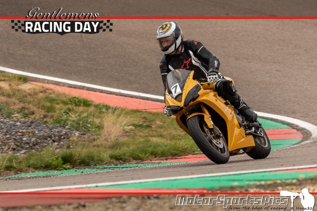 04-09-2020 Gentlemen's Racing day at Mettet group Moto #123