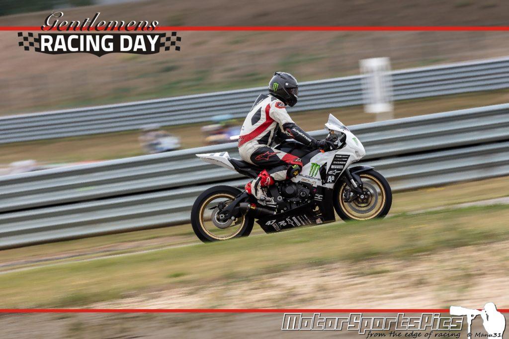 04-09-2020 Gentlemen's Racing day at Mettet group Moto #137