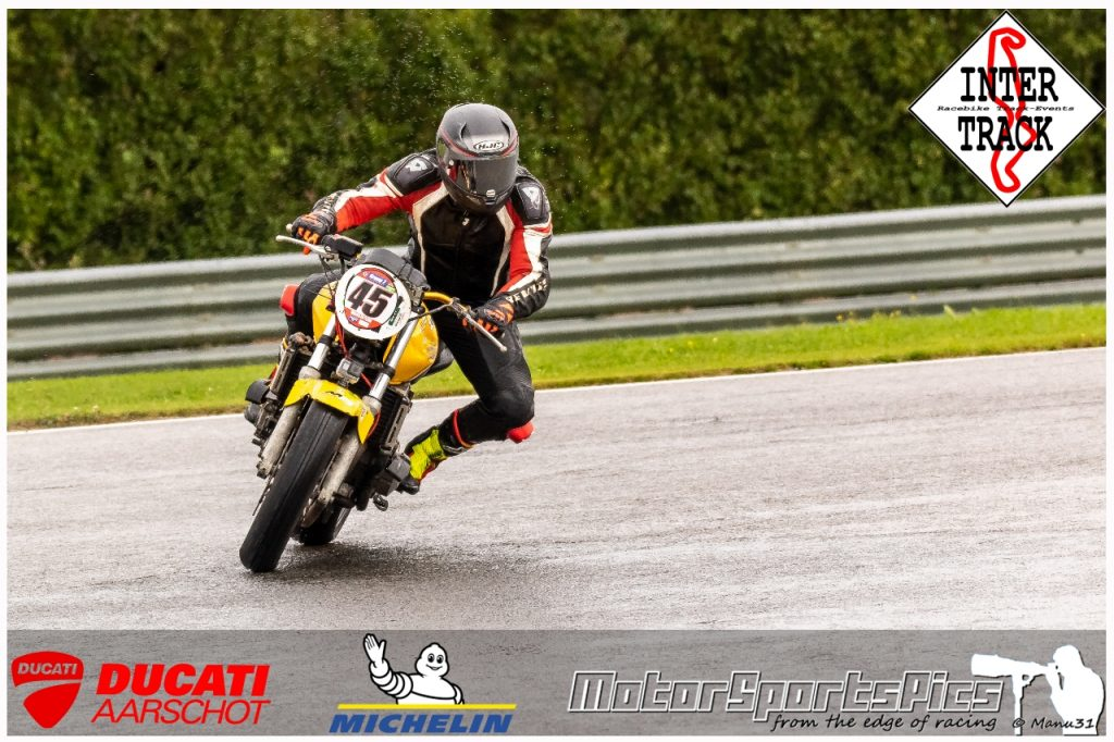 27-09-2021 Inter-Track at Mettet wet sessions #106