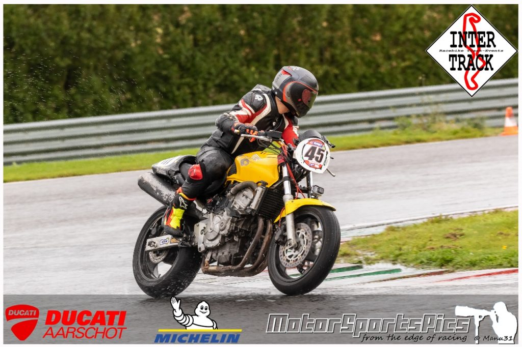 27-09-2021 Inter-Track at Mettet wet sessions #107