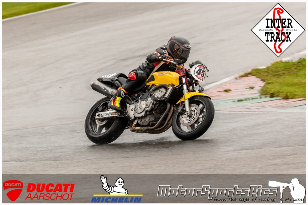 27-09-2021 Inter-Track at Mettet wet sessions #116